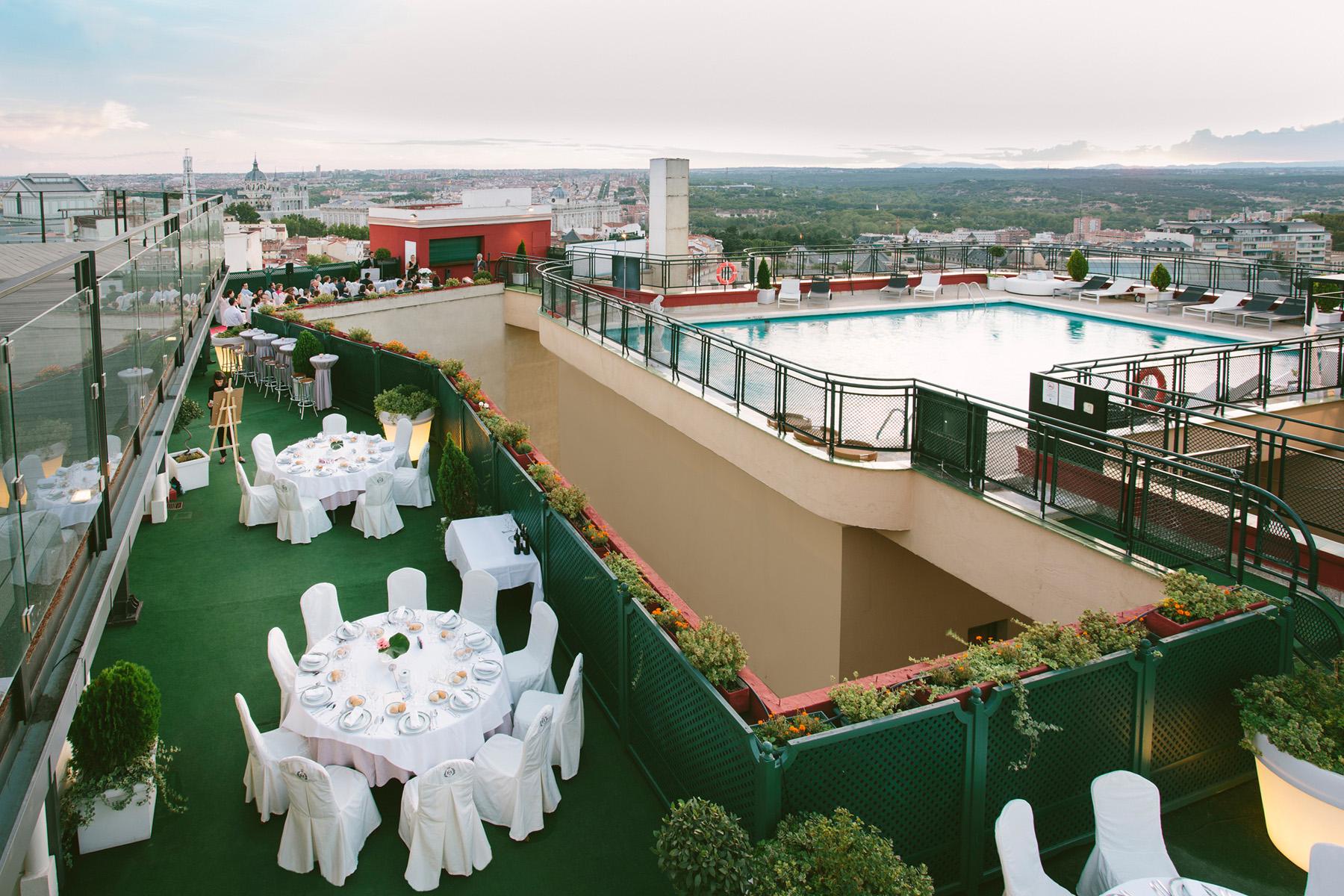 Celebra tu boda en el centro de madrid con un 10 de for Terraza sabatini madrid
